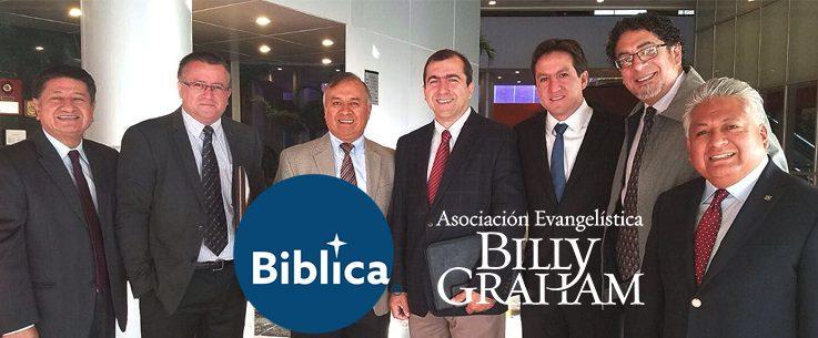 Bíblica comprometida en la evangelización